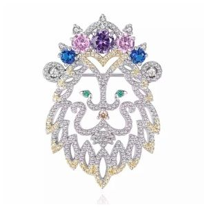 🆕 Swarovski Crystals The Aria Lion Brooch S25